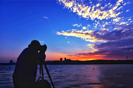 In pics: mesmerizing Yueyahu Lake in Xuanwei