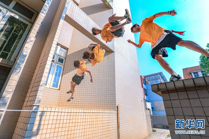 Kunming free runner: parkour is my lifestyle - Lifestyle