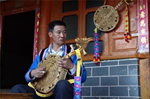 Li Shuming: innovator in the craft of Yueqin making