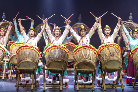 Musical drama displays glamour of Shangri-la