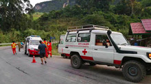 Bus crash causes 13 Chinese tourists dead, 2 missing in Laos