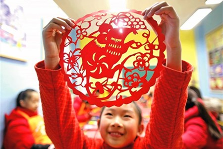 Chinese New Year: tradition and changes